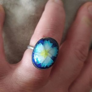 Vintage Etched Floral Bubble Top Ring